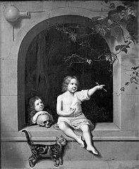 Twee kinderen in een stenen boognis