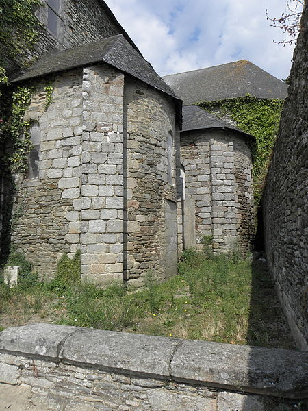 Église Saint-Martin de Josselin (56). Absidioles.