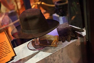 The Great Movie Ride - Judge Doom hat, gloves and glasses from the film Who Framed Roger Rabbit.