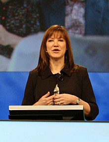 Julie Larson-Green at Microsoft PDC 2008, day two (3008163837).jpg