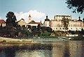 Kácovský kostel od řeky.jpg