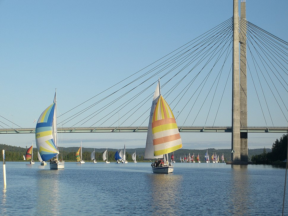 Kärkinen bridge during Päijännepurjehdus 2007