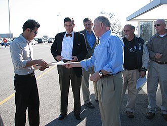 Bruce Lunsford - Lunsford campaigning in October 2008