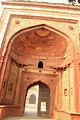 Khair-ul-manazil gateway.JPG