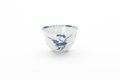 Kinesisk kopp av tunt vitt porslin med blå underglasyrmålning, från 1662-1722 - Skoklosters slott - 93531.tif