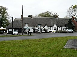 Kings Somborne - The Crown Inn - geograph.org.uk - 1028630.jpg