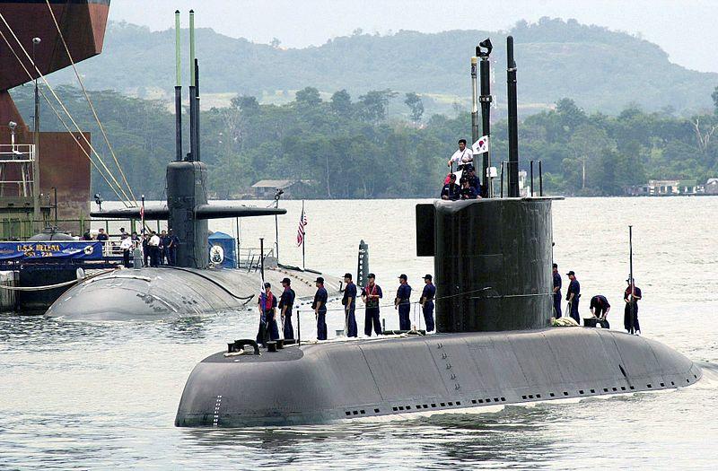 بناء غواصات طراز ''209'' بألمانيا لصالح مصر - صفحة 5 800px-Korean_submarine_Choi_Moosun