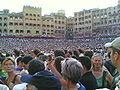 La folla durante il Palio.jpg