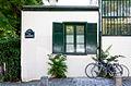 La maison aux vélos, rue d'Orchampt, 75018 Paris, 2015.jpg