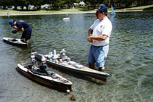 Radio-controlled boat - Large scale model warships in San Diego