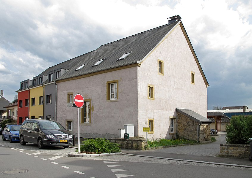 Building in Lintgen, 1A route de Fischbach