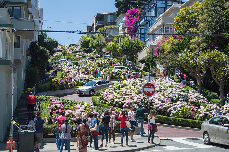 File:Lombard Street, San Francisco.jpg