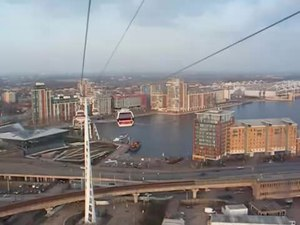 File:London Docklands Cable Car 'Emirates Air Line', March 2013-8n1U9b2MViU.webm