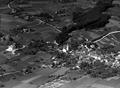 Luftaufnahme eines unbekannten Dorfes - CH-BAR - 3241378.tif
