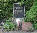 Luisenfriedhof III - Grab Heinz Kaschke.jpg