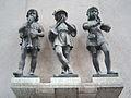 München, Karlstor, Die Drei Musikanten.jpg