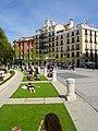 Madrid - Plaza de Oriente, primavera 1.jpg