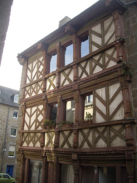 English:  A 17th century timber framed house and cultural heritage monument, 9 rue de la Quinquaine in Saint-Brieuc, Côtes-d'Armor, Brittany, France.