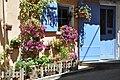 Maison fleurie à Valensole.jpg