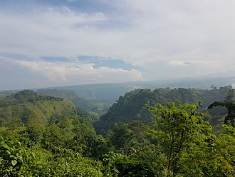 "Bukidnon - Mangima Canyon at Maluko, Manolo Fortich. Also located in the town is a canyon near barangay Lunocan, dubbed as the ""Grand Canyon of the Philippines""."