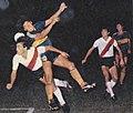 Maradona vs passarella 1981.jpg