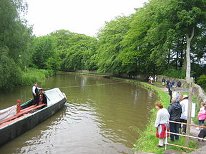 Horse-drawn boat - Horseboat Maria on the Peak Forest Canal