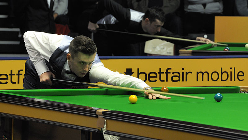 File:Mark Selby at Snooker German Masters (DerHexer) 2013-01-30 05.jpg