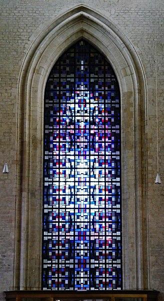 File:Mechelen Onze-Lieve-Vrouw over de Dijle Innen Westfenster.jpg