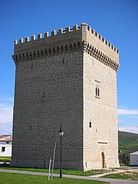 Medieval tower at Olcoz (Navarra).JPG