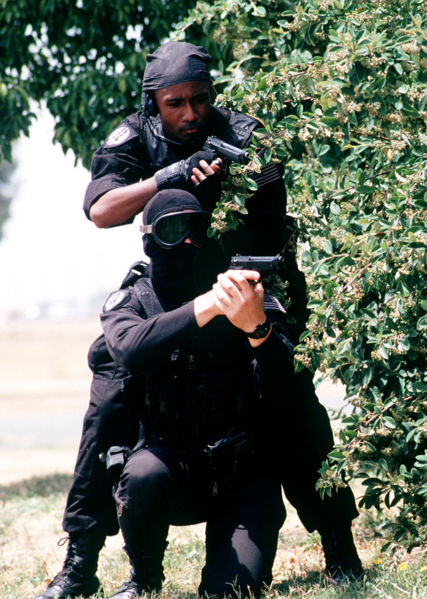 Soubor:Members of the 60th Security Police Squadron's Base Swat Team.jpg