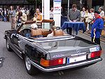 Mercedes-Benz 450 SL brown hl.jpg