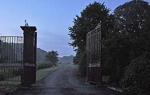 Miskin Manor - Image: Miskin Manor 2