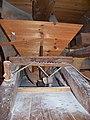 Molen Holten's Molen maalderij, maalstoel electrisch kaar schuddebak.jpg