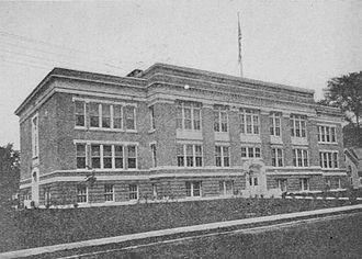 Montpelier High School (Vermont) - Montpelier High School, 1915