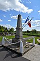 Monument aux morts d'isigny-le-Buat (Isigny) 2.jpg