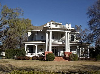 Ennis, Texas - The Moore House is one many historically registered homes in the Templeton-McCanless Residential Historic District.