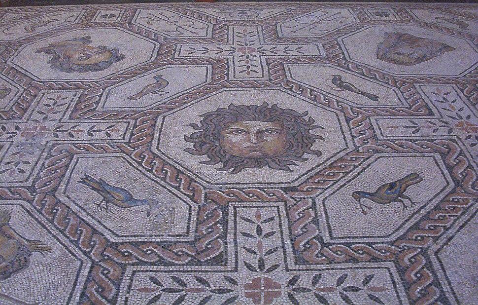 Mosaico Medusa y estaciones (M.A.N. Madrid) 02