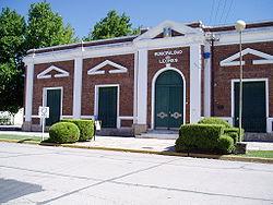 http://upload.wikimedia.org/wikipedia/commons/thumb/e/e2/Muni_Leones.JPG/250px-Muni_Leones.JPG