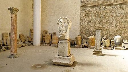 Musée de Djemila متحف جميلة - panoramio.jpg