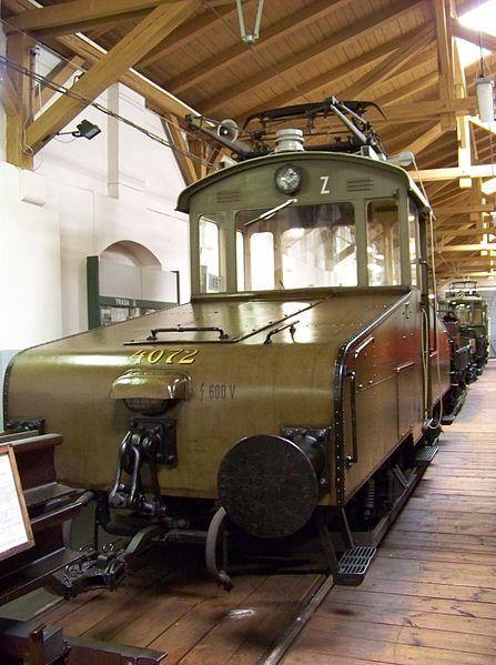 File:Muzeum MHD, tramvajová lokomotiva 4072.jpg