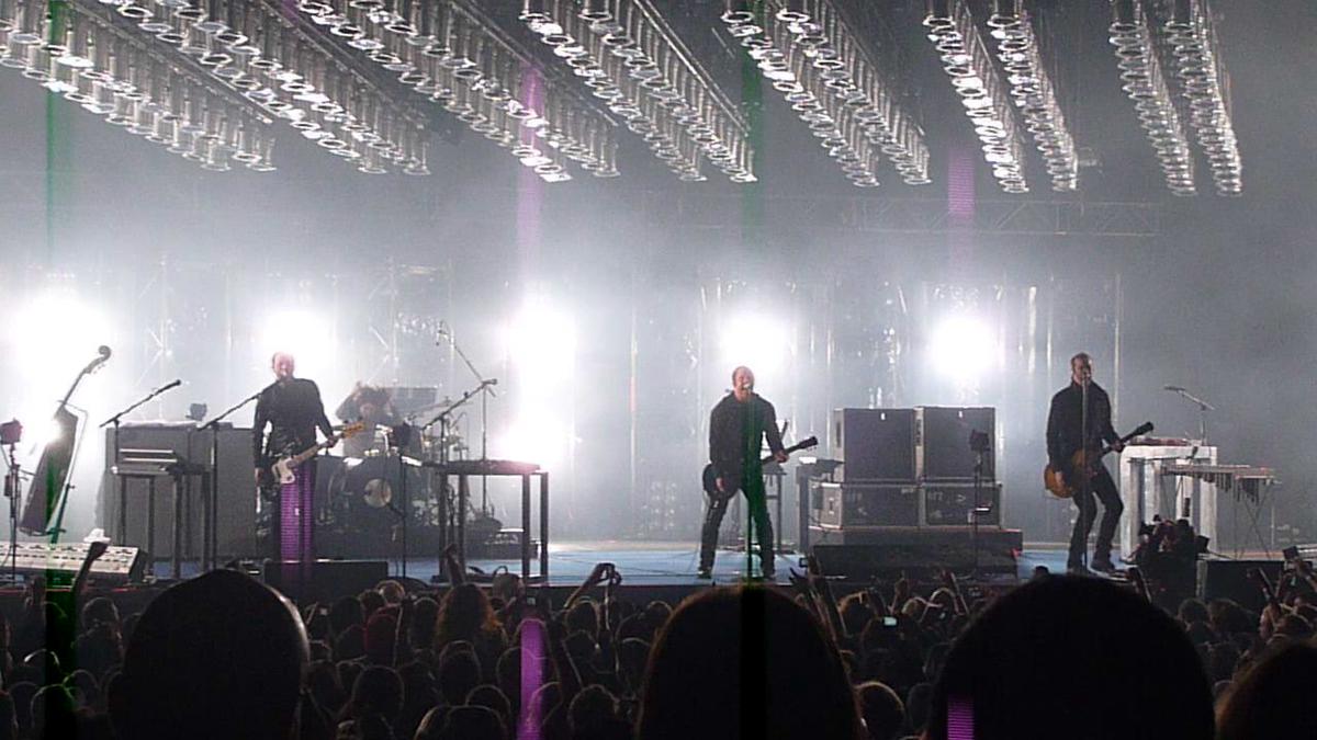 Wave Goodbye Tour - Wikipedia
