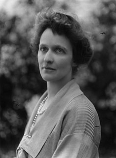 Nancy Astor, Viscountess Astor First female Member of Parliament to take her seat