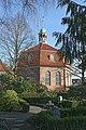 Niendorfer Kirche und Alter Friedhof 2.jpg