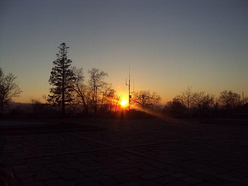 File:Nigth in Plovdiv 06.jpg