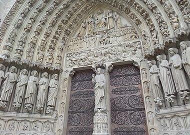 Notre-Dame door front.jpg