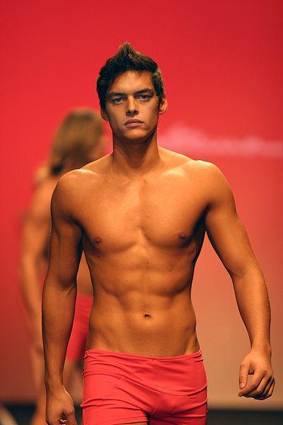 File:Nuno Janeiro-Portugal Fashion.jpg