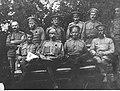 Oficerowie rosyjskiego 12 Dywizjonu Artylerii Moździerzy w Horochowie na Wołyniu (94-87).jpg