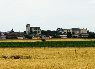 Plaine-et-Vallées Commune in Nouvelle-Aquitaine, France