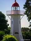 Old Burnett Heads Light closeup, 2010.jpg
