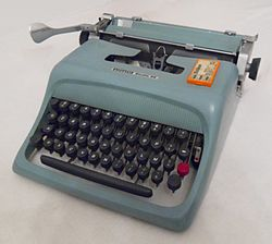 Olivetti Studio 44 (not underwood).jpg